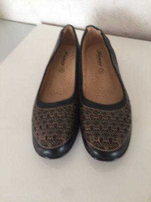 Schuh schwarz / braun