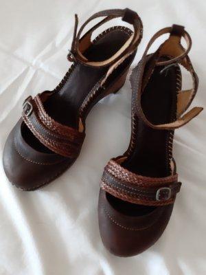 Schuh von The Art Company