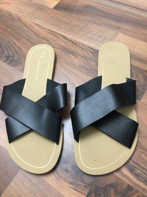 Sandały na grubym obcasie czarny
