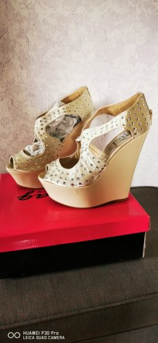 Schuhe 39