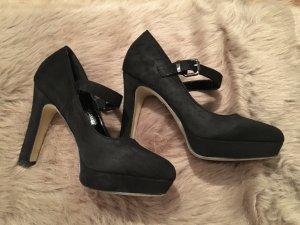 Schuhe 39 schwarz schick