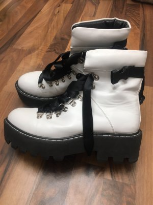 Chukka boot noir-blanc