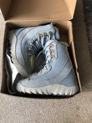 Futrzane buty srebrny-błękitny