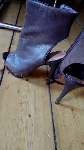 Viola Fonti Milano Peep Toe Booties bronze-colored leather