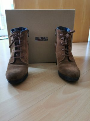 Tommy Hilfiger Denim Bottes à talon bronze