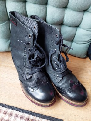 s.Oliver Lace-up Boots black