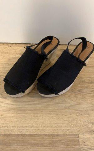 H&M Platform High-Heeled Sandal black-beige