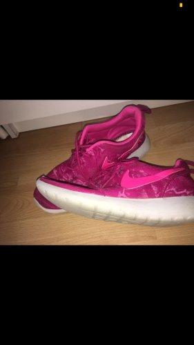 Nike Skater Shoes white-pink