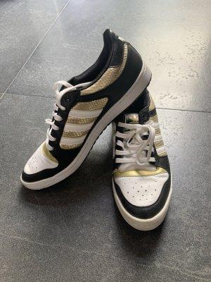 Schuhe Adidas Neu!!!
