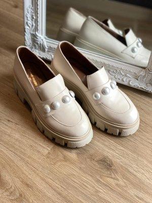Schuhe aus 100% Leder