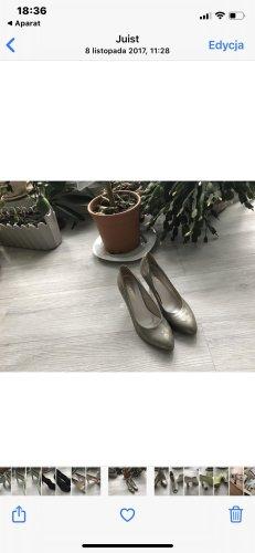 Escarpins à bout ouvert gris foncé