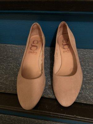 Gadea Chaussure à talons carrés rose chair
