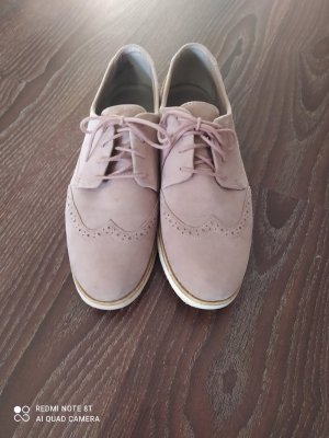 Bonita Wingtip Shoes oatmeal leather