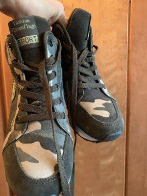 Schuhe Camouflage 38