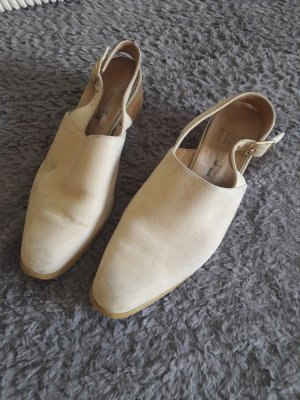 3 Suisses Strapped pumps cream leather
