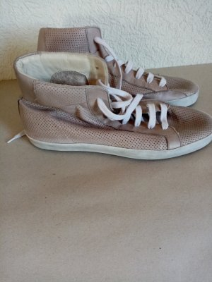 abro Lace-Up Sneaker nude