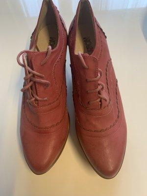 Schuhe in Größe 41