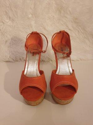 Schuhe mit Absatz Pumps Sandalen orange Gr. 39