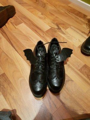 Schuhe mit Flügel