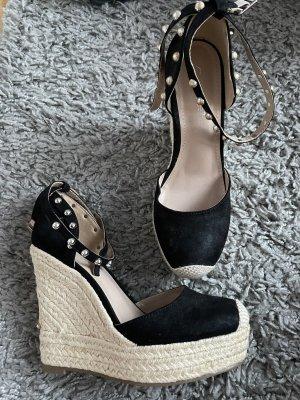 Schuhe mit Keilabsatz Gr. 37