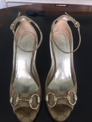 Gucci Décolleté con zeppa marrone-grigio-color carne