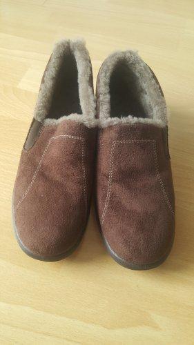 Schuhe mit Lammfell