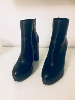 Schuhe neue