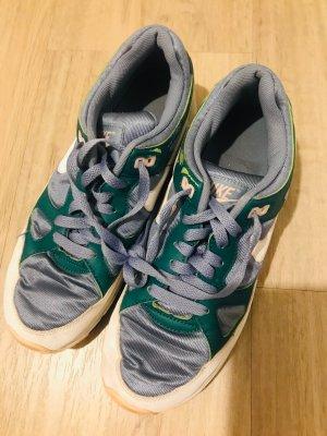 Schuhe *Nike*