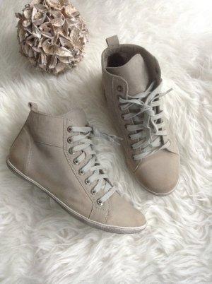 Schuhe / Nude- Grauton / Gr. 39 / Echtes Leder / NEU