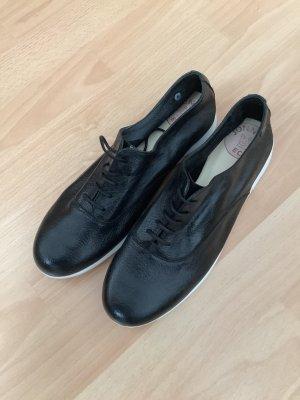 Schuhe, ökologisch von Jonny's, weiße Sohle, bürotauglich aber bequem