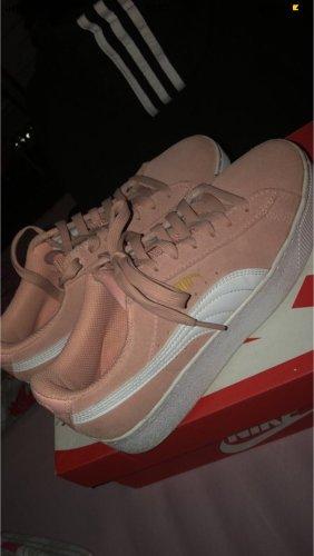 Puma Lace-Up Sneaker light pink