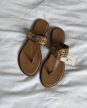 Schuhe Sandalen Zehentrenner