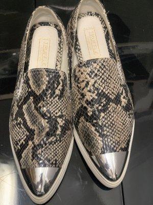 Schuhe Schlangenmuster