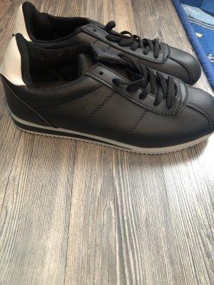 Schuhe Schwarz weiß gr.37
