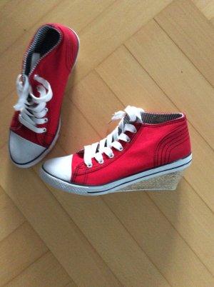 Wedge Sneaker red