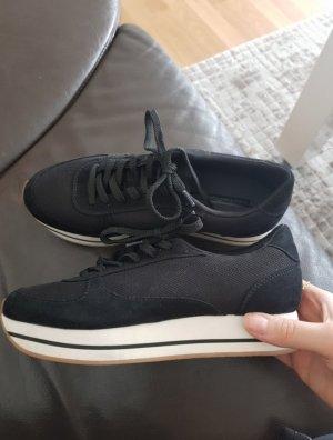 Schuhe/ Sneaker