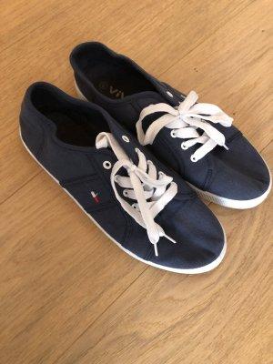Schuhe Sneaker Freizeitschuhe dunkelblau Gr. 40
