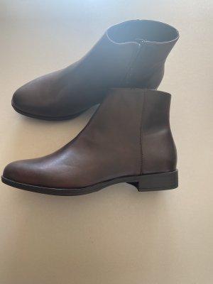 Schuhe Stiefel Stiefelette 39 braun