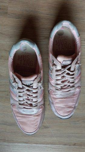 Schuhe Turnschuhe Mustang Gr 38 rosa
