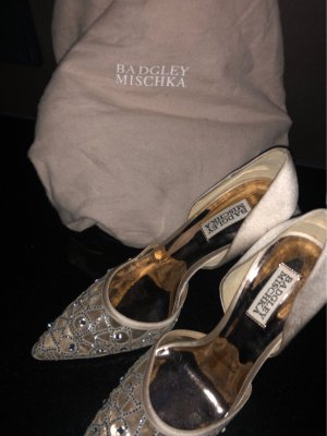 Badgley Mischka Pointed Toe Pumps nude-rose-gold-coloured