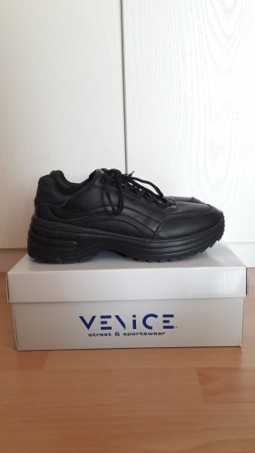 -8- Venice Sneakers met veters zwart