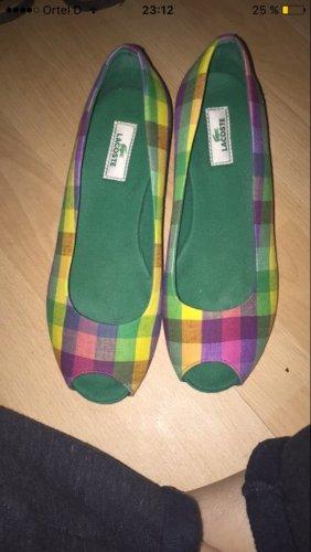 Schuhe von Lacoste mit Keilabsatz in Größe 37