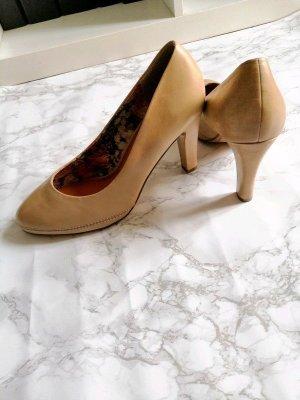 Schuhe von Marco Tozzi Gr. 38