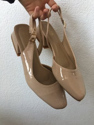 Schuhe von Raid in Nude