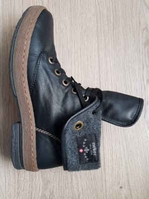 Schuhe von Rieker