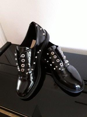 Schuhe von Stradivarius