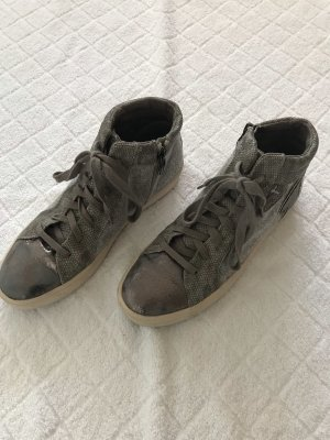 Tamaris Chaussures à lacets multicolore