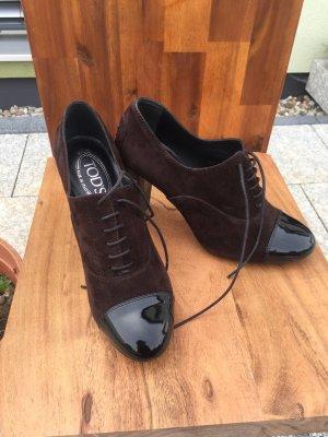 Tod's Tacones con cordones marrón oscuro Cuero