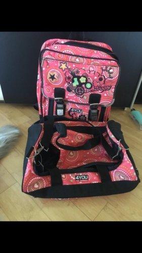 Schulranzen und Sporttasche