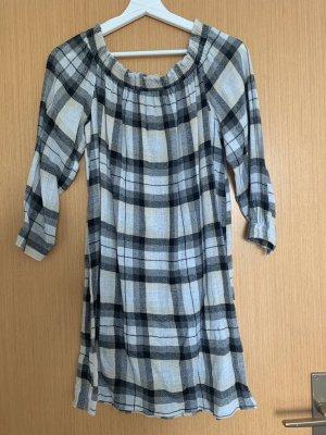 Schulterfreie Kleid Zara